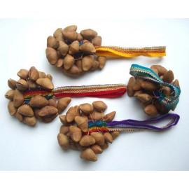 Percussions péruviennes en tissage et graines triangle