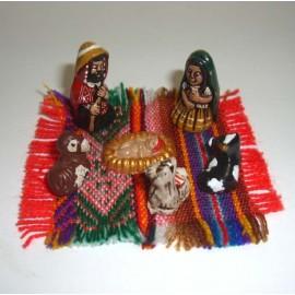 Crèche personnages du Pérou en céramique et toile