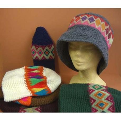 CHAPEAU ROSA Chapeaux tissage et crochet laine