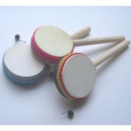 Percussion tambourin sur baton en bois et cuir