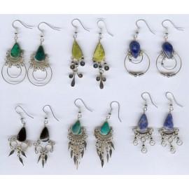 Boucles d'oreilles originales en métal et pierres du Pérou