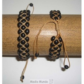Bracelets du Pérou en graines et macramé