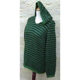 Pull péruvien rayé à capuche en laine