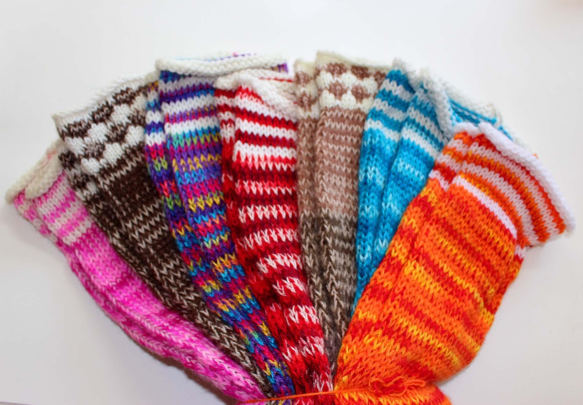 Guetres du Pérou en laine colorée en import direct à prix discount 0856072fcdf